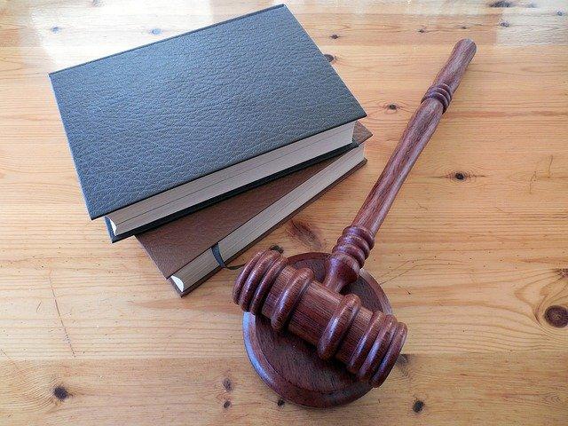 Prywatny akt oskarżenia